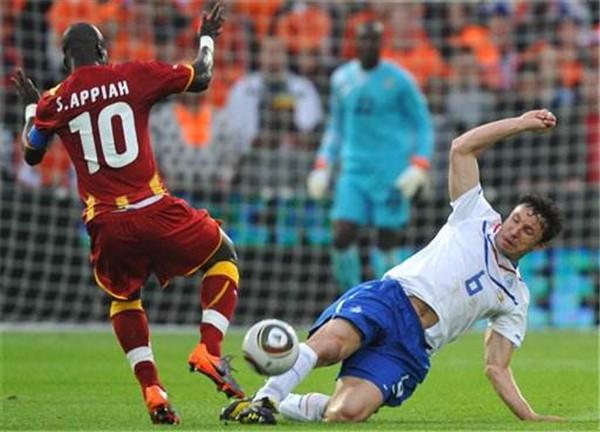 曼城VS阿森纳最新比分结果:曼城4-1阿森纳晋级英联杯半决赛