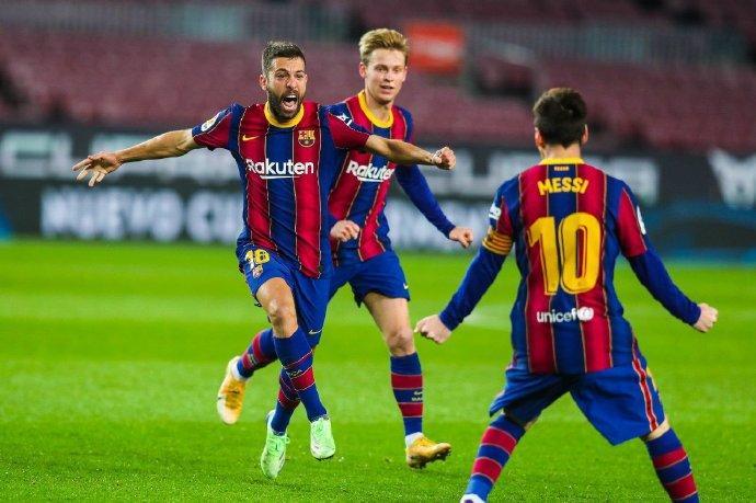西甲巴萨3-0巴拉多利德 梅西644球破贝利俱乐部进球纪录