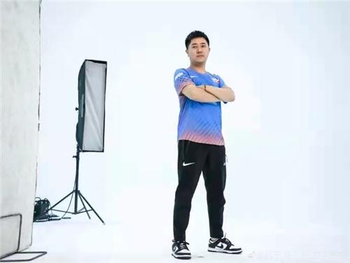 SN春季赛定妆照拍摄花絮曝光 sfom稳占照片c位
