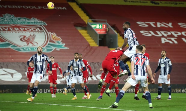 利物浦1-1主场连胜终结仍领跑 马内连场破门