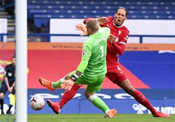 利物浦VS纽卡最新比分结果:利物浦0-0纽卡遭连平